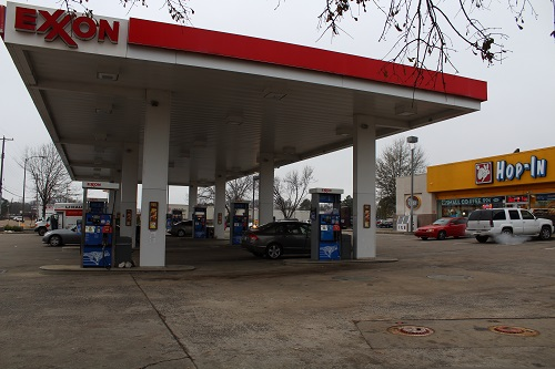 Exxon-gas-station-in-Arkansas